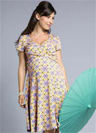 Queen Bee Yellow Sunburst Print Sweetheart Maternity Dress by Leota