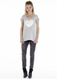 Queen Bee Baby Love Maternity T-shirt in Grey by Queen mum
